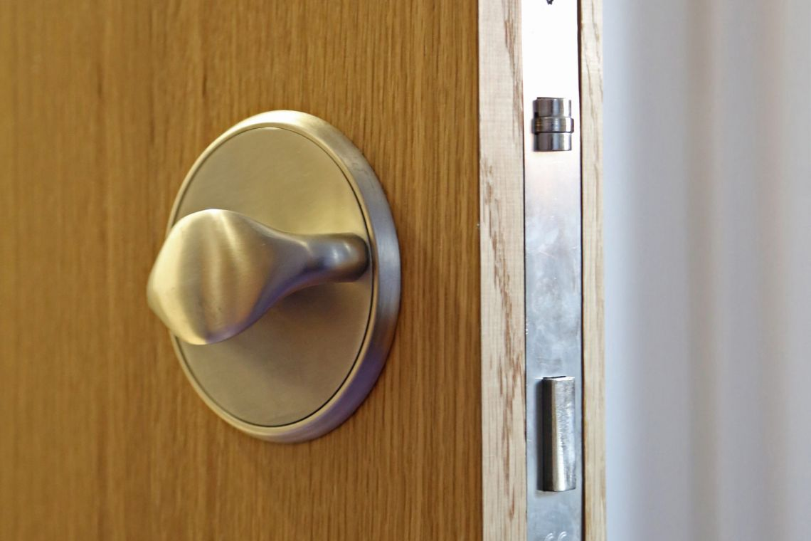 Locksets and handles technical