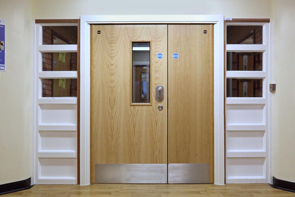 CORRIDOR DOORSET FOR MENTAL HEALTH