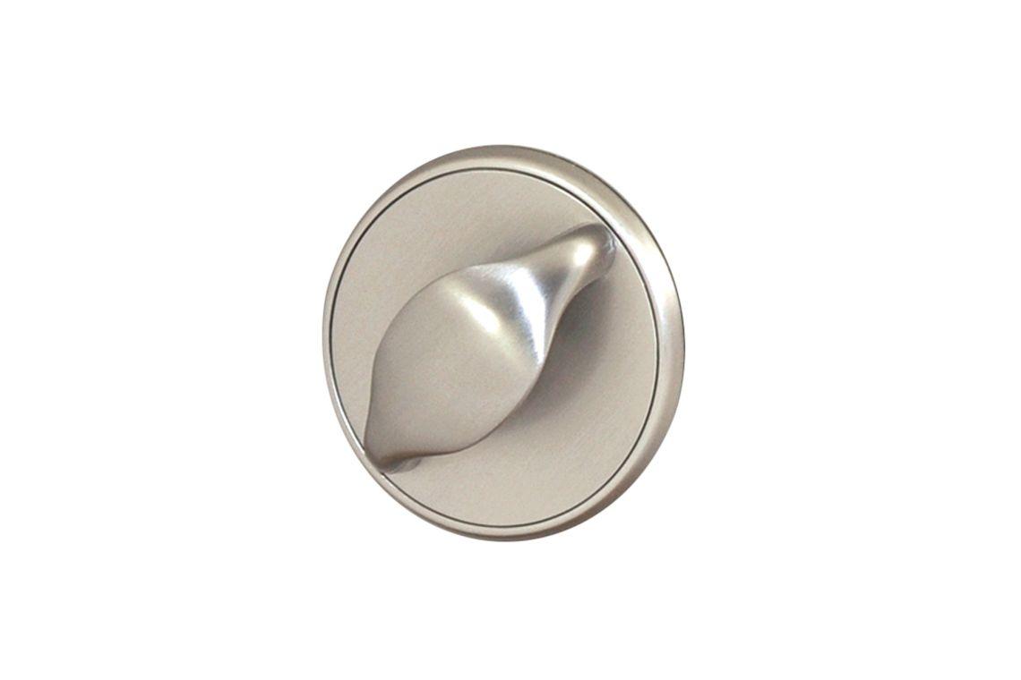 Turn/pull handle (728)